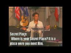 Pastor Lynette Roberts ||    A Trek Through The Psalms pt 3   ||    Nove...