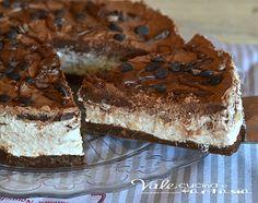 Cheesecake mascarpone panna e nutella ricetta facile senza cottura, un dolce goloso e buonissimo, ideale per la merenda e per compleanni