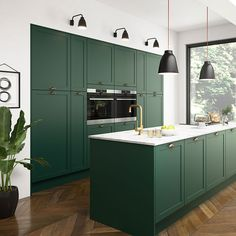 Modern Kitchen Design – Want to refurbish or redo your kitchen? As part of a modern kitchen renovation or remodeling, know that there are a . Interior Modern, Home Interior, Kitchen Interior, Interior Design, Interior Architecture, Dark Green Kitchen, Green Kitchen Cabinets, Kitchen Cabinetry, Kitchen With Dark Floors