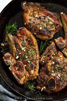 Lamb Shoulder Chops, Lamb Loin Chops, Grilled Lamb Chops, Lamb Chops Oven, Braised Lamb Chops, Rosemary Lamb Chops, Marinated Lamb, Healthy Recipes, Cooking Recipes