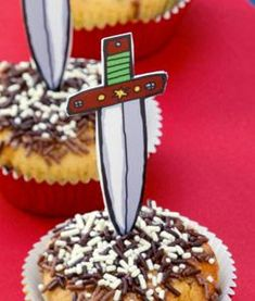 cake met zwaard