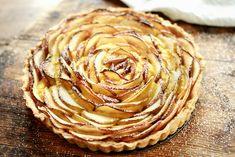 Eplepai med vaniljekrem Food N, Food And Drink, Artichoke, Sweet Recipes, Mashed Potatoes, Peanut Butter, Gluten, Sweets, Dessert