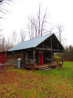 A Log Cabin in Northern Vermont- 20′ by 20′- a tiny-house photo tour | Relaxshaxs Blog