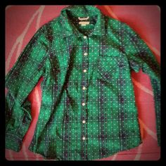 Green and Blue Plaid Button Down Size Medium Merona button down. Size medium. Blue and green plaid with little white polka dots. Merona Tops Button Down Shirts