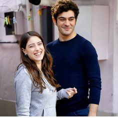 "76 Likes, 1 Comments - Hazal Kaya  (@hazalkaya_lover) on Instagram: ""❤ . . . . . . . #HazalKaya #BurakDeniz #BizimHikaye #BarFi #HazBur #Fox #friends #partner…"""