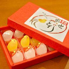 ボンボン Japanese Snacks, Japanese Sweets, Japanese Food, Candy Art, Edible Art, Confectionery, Cute Food, Food Design, Food Art