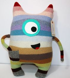 Inspiration only. Sewing Toys, Sewing Crafts, Sewing Projects, Monster Dolls, Felt Monster, Softie Pattern, Ugly Dolls, Sock Crafts, Sock Animals