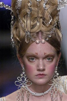 Christian Dior by John Galliano ,Spring/Summer 2005 Haute Couture,Look 36 Details by proteamundi
