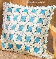 """Square motif pillow with diagram - click on """"grafico"""" to view the diagram."""