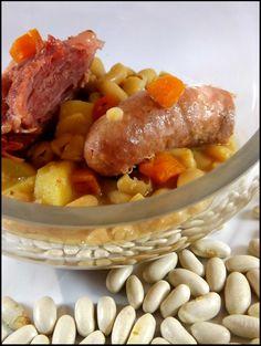 Saucisses de Toulouse, jarrets de porc et mogettes au Cookéo