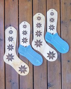 Ankelsokker og flotte sokkeblokkerne fra Knitography Selbu sock blockers <3 Laser Cutting, Christmas Stockings, Socks, Knitting, Holiday Decor, Home Decor, Needlepoint Christmas Stockings, Decoration Home, Tricot