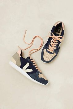 Veja Leopold Trainers