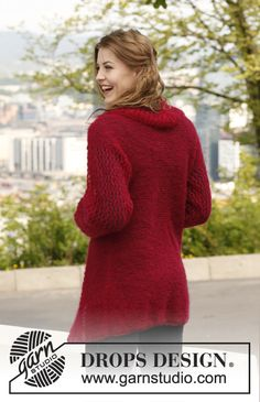 Knitted DROPS jacket with lace pattern on sleeves in Vivaldi.