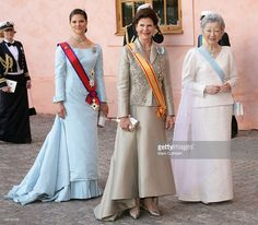 King Carl Gustaf, Queen Silvia & Crown Princess Victoria Of Sweden With Their Imperial Majesties Emperor Akihito & Empress Michiko Of Japan Attend The Tercentenary Birthday Celebrations For Carl. Get premium, high resolution news photos at Getty Images Princess Victoria Of Sweden, Crown Princess Victoria, Royal Families Of Europe, Swedish Royalty, Queen Silvia, Queen Dress, Prince And Princess, Royal Fashion, Duke And Duchess