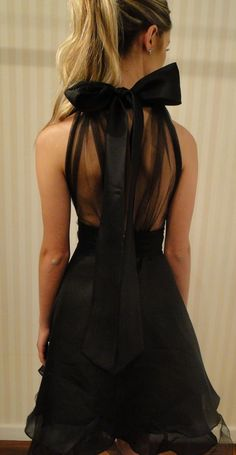 fashionbale black dress
