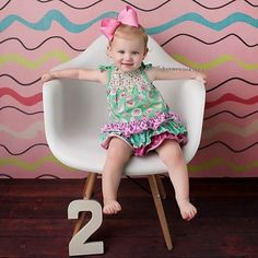We were able to get away to @aimeefullerphotography studio for the Quint's 2 year photos and OMG... how cute are our fav 5!? Swipe left for cuteness overload! #itsabuzzworld #quintuplets #OutDaughtered