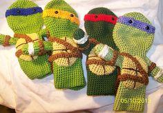 Crochet Teenage Ninja Turtles golf club cover by EEKsCreations Crochet Gifts, Crochet Dolls, Knitting Projects, Crochet Projects, Diy Projects, Crochet Ninja Turtle, Golf Headcovers, Teenage Ninja Turtles, Golf Club Head Covers