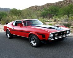 1972 FORD MUSTANG MACH 1 FASTBACK my first car, except mine was yellow.