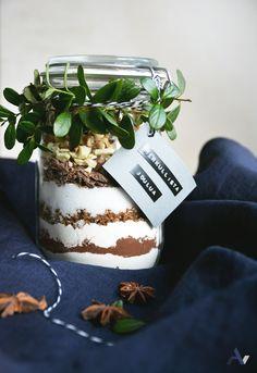 aarevisuals | BLOG . #browniemix #brownie #gift #present #diy #diyjar #giftjar #browniemixjar