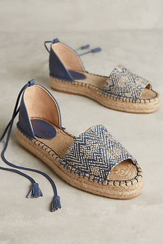 Splendid Edna Espadrilles  Again, love the navy paired with a shimmer gold in the chevron pattern