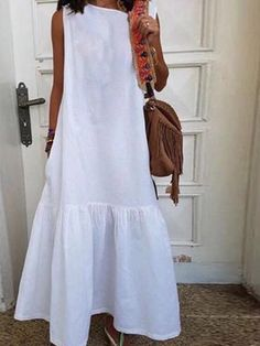 Discover style and comfort with quality linen clothing for women at Linenlooks. Handmade from soft, stone washed linen dresses,linen pants,linen blouse up to Off. White Maxi Dresses, Dresses Dresses, Linen Dresses, Evening Dresses, Casual Dress Outfits, Boho Fashion, Clothes, Linen Blouse, Linen Pants
