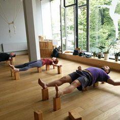 """74 Likes, 1 Comments - Olga Ilinskaya Yoga Studio (@ilinskaya.yoga) on Instagram: """"В нашей студии началась пятая,заключительная неделя цикла. Она посвящена восстанавливающей практике…"""""""