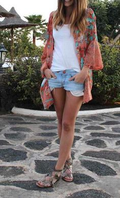 .cut offs, summer casual, women's casual,  over 40 fashion