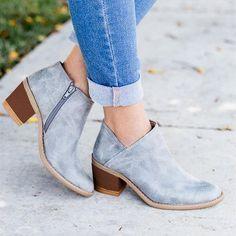 High Heel Boots, Heeled Boots, Shoe Boots, High Heels, Calf Boots, Style Grunge, Soft Grunge, Casual Heels, Casual Boots