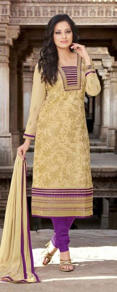 #Cream & #Purple #Cotton #Salwar #Kameez With A Chiffon Dupatta #EID #EIDcollection @mokshafashions