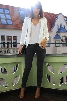 White Blazer / White Tee / Black Skinny Jeans / Brown Lace-Up Heels