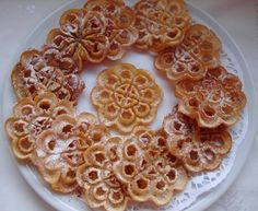 Carnival fried cookies (Rosettes)