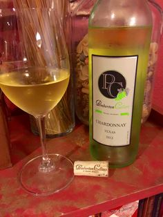 Tonights #TXWine Pemberton Cellars 2013 Texas Chardonnay. Just one more lesser known Texas winery located in Granbury, Tx. Easy day trip from the North Texas area with two other winery's in the area and a brewery too. #TXWine #TXChardonnay #TXGrapes #TXGrapegrower @pembertoncellarstx