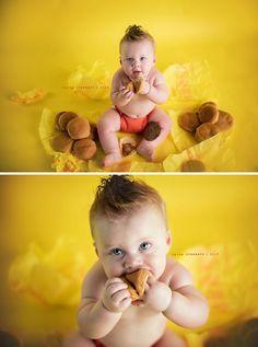 "These Baby's 1st Birthday ""Smash-Cake"" Alternatives Are Too Much! Baby 1st Birthday, First Birthday Photos, First Birthday Cakes, Birthday Cupcakes, Birthday Parties, Birthday Cake Alternatives, Five Daughters Bakery, Baby Cake Smash, Cake Smash Photos"
