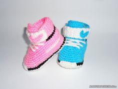 Gehäkelte Baby Converse Babyschuhe Baby von BABYCROCHETfashion