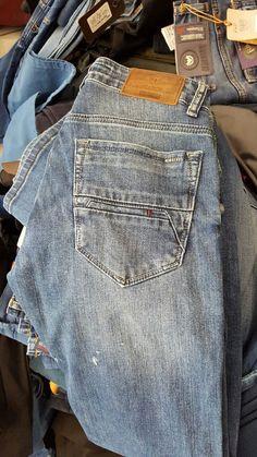 Raw Denim, Denim Jeans Men, Jeans Pocket, Types Of Jeans, Destroyed Jeans, Boy Outfits, Pants, Fashion, Men Jeans