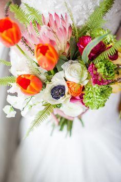 bright wedding bouquet #flowers #weddingbouquet