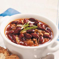 You'll only need on skillet and 20 minutes to whip up this hearty, slightly spicy Chili Con Carne.
