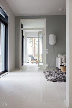 Harmaja honkain keskellä - Valkoinen Harmaja Oversized Mirror, My House, Furniture, Home Decor, Homemade Home Decor, Home Furnishings, Decoration Home, Arredamento, Interior Decorating