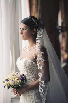 Peri Gibi wedding gown budapest