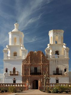 San Xavier del Bac Mission, Tucson, Arizona, USA Been here and saw the Virgin Mary have the picture at home!