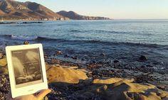 Mentre il sole tramonta, in Sardegna si legge La confraternita delle Ossa #aspettandoRadeschi #instaRadeschi   #confraternitaossa Aspettando che Radeschi arrivi in libreria, in giro per il mondo c'è una piccola pattuglia di lettori che ha avuto la possibilità (e la ventura) di leggere il mio nuovo romanzo La confraternita delle ossa Marsilio in anteprima. Molti di loro se lo sono portato in vacanza, altri in città, altri in luoghi davvero inconsueti… Tutti hanno scattato delle foto…