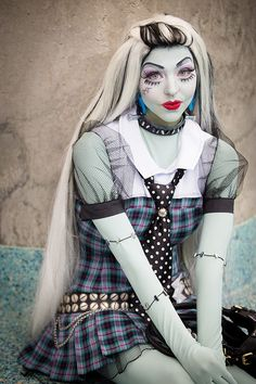 Frankie Stein from Monster High #cosplay #comikaze2014