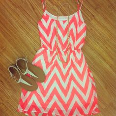 I usually like darker things but this is so cute for summer!
