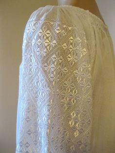 Hand embroidered Romanian blouse / dress - white silk hand embroidery - size M Blouse Dress, White Silk, Embroidered Blouse, Pakistani Dresses, Hand Embroidery, Ethnic, White Dress, Costumes, Pillowcase Dresses