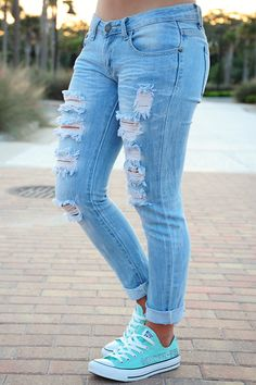 Hitchin' A Ride Jeans: Light Denim