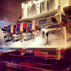 La Cimbali M 100 at Zibetto Espresso Bar NYC! Mmmm that smell! Coffe Machine, Espresso Coffee Machine, Coffee Maker, Espresso Bar, Best Espresso, Fresh Coffee Beans, Coffee Shop, Nice Things, Houses