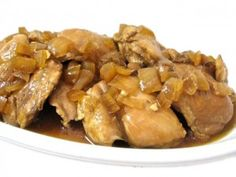 Crock Pot, Skinny Chicken Teriyaki. This recipe makes an easy and truly a yummy meal! Each chicken thigh with sauce has 140 calories, 3 grams of fat and 3 Weight Watchers POINTS PLUS. So low in calories and points you might want 1½ thighs or even 2 of them! http://www.skinnykitchen.com/recipes/crock-pot-skinny-chicken-teriyaki-/