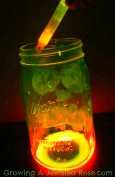 Make Glowing Lanterns ~ simply dump a glow stick and shake into jar!