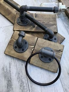 RUSTIC Powder Room Accessories