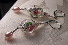 Hey, I found this really awesome Etsy listing at https://www.etsy.com/listing/170104371/rose-pink-crystal-flower-pearl-drop